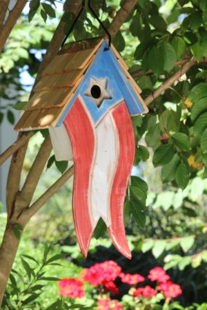Besty's (Ross) Birdhouse